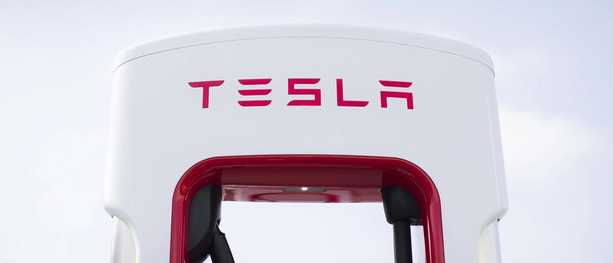 Tesla mieten und kostenlos am Supercharger laden