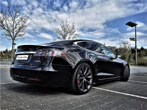 Tesla Model S mieten in Heilbronn