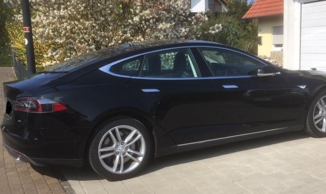 Tesla Model S mieten für Hochzeit in Gießen Seite