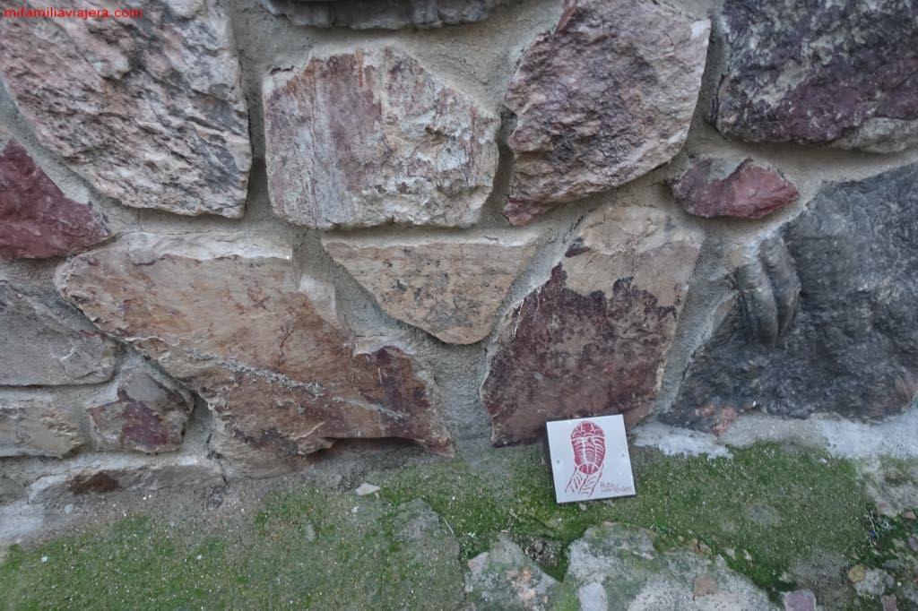 Señalización de la Ruta de las Huellas Fósiles de Monsagro