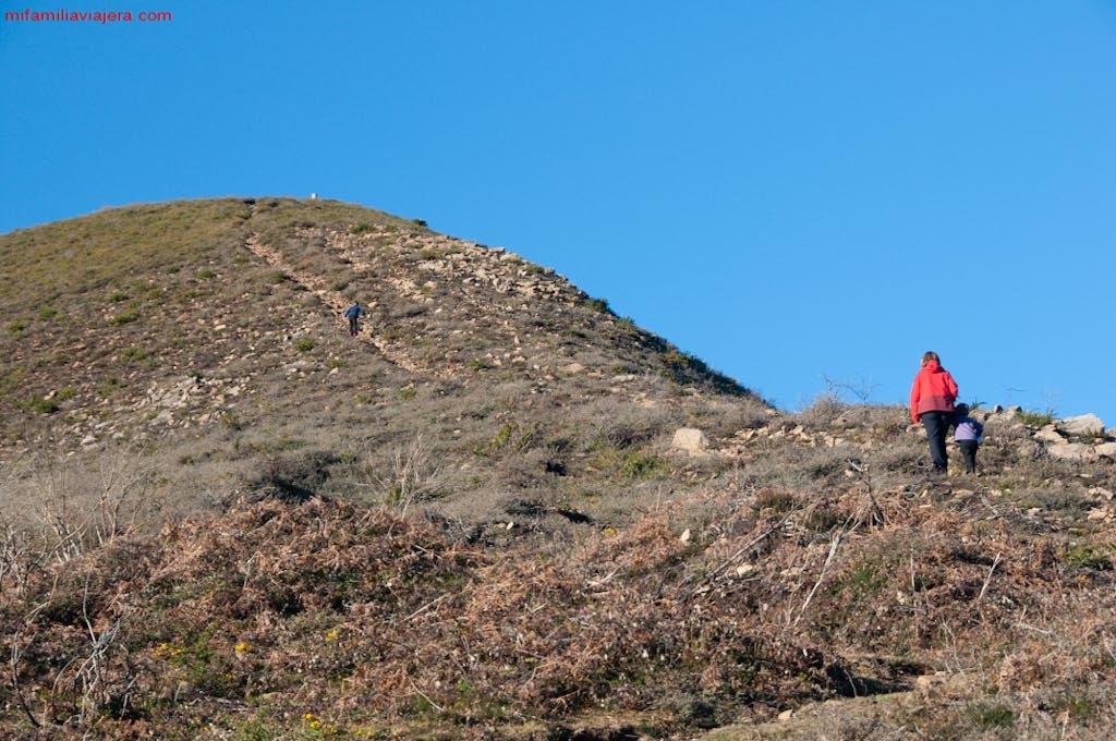 Ascensión al Pico Tres Concejos