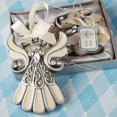 Angel Ornaments for Christmas Tree http://www.cool-party-favors.com/angel-ornaments-for-christmas-tree.html