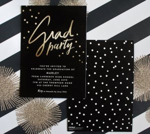 black-white-gold-graduation-party-via-karas-party-ideas-karaspartyideas-com17