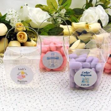 Cajita transparente con dulces. Fuente: wrapwithus.com