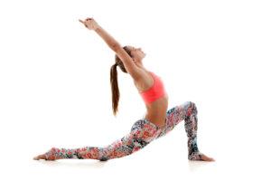 太もも 細くする ヨガ 1日 5分 効率 良い 部分 痩せ