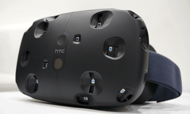 HTC announces prices Vive bundle, sets pre-order date