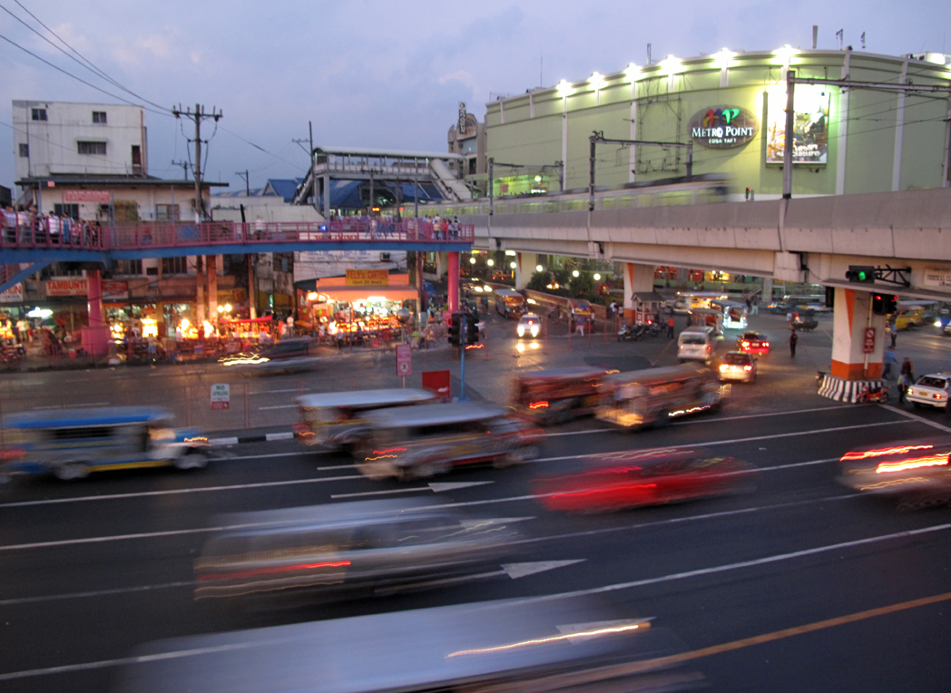 Pasay Rotonda: At the Crossroads