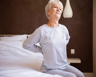 In generale, un buon materasso sostiene la colonna vertebrale in modo che possa muoversi. I Migliori Materassi Per Il Mal Di Schiena 2021 Miglior Materasso