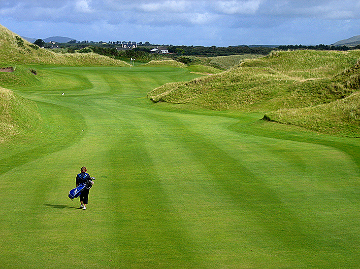 Watervillw is less rugged with gentler dunes than some of the other links courses on the Irish West Coast.