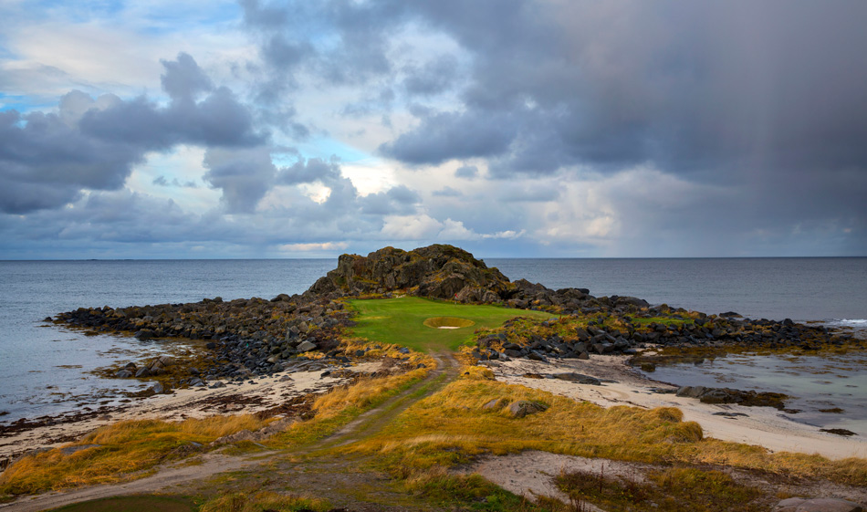 Lofoten Links 2nd Hole