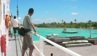 On embarque pour les Tuamotu sur la goélette Kobia