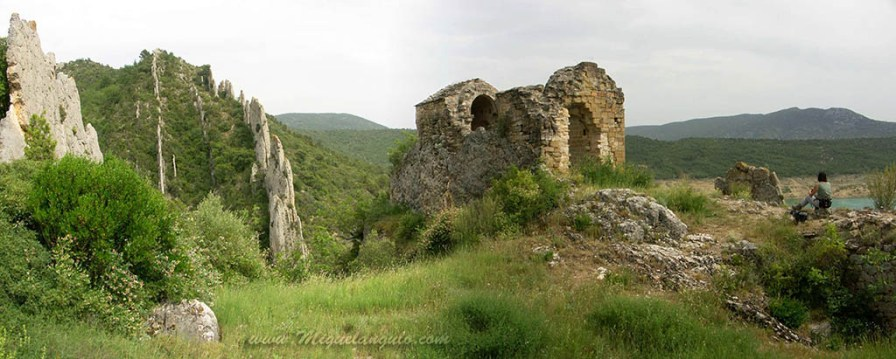 Finestres, Ermita San Vicente