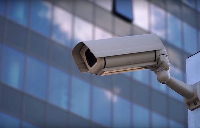 cámara vigilancia carretera