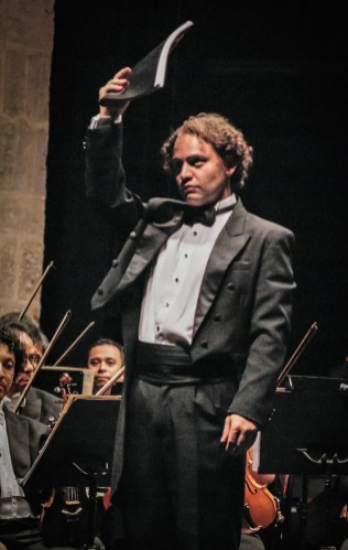 2013, Just after performing a world premiere. Michoacan Symphony Orchestra. Photo, Ramon Merino