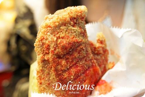 台北》忠孝新生美食:輔大轟炸雞排到光華喇!超邪惡超美味起司拉絲到天邊
