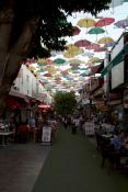 21-antalya-strada-comerciala-cu-umbrele