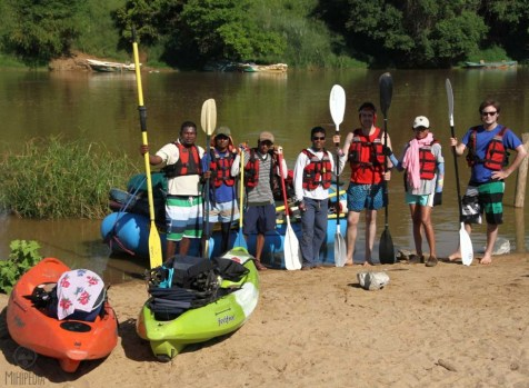 Kayaking-Down-the-Majestic-Mahaweli1