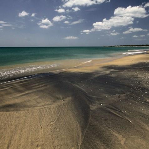 Beautiful-Beaches-Stunning-Location4