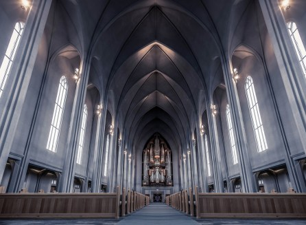 The pipe organ inside the Hallgrimskirkja Church. Photograph by Vincent Moschetti