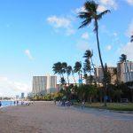 3月ハワイ旅行の気候と服装は?海で泳げる?ハワイ旅行費用は高い?格安?相場は?