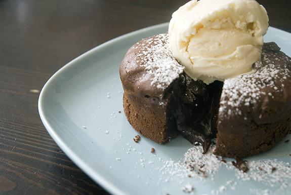 cake_molten
