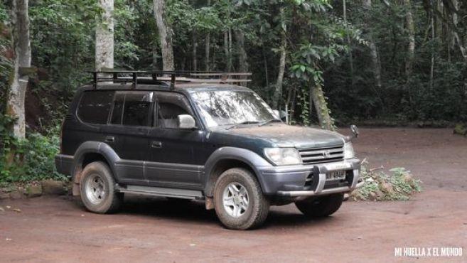 COCHE UGANDA