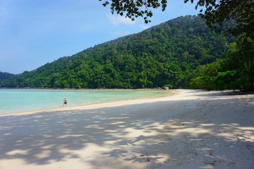 Ao Mai Ngam Beach Surin