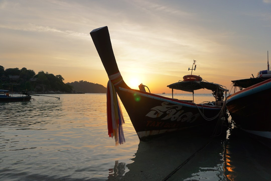 Longtailboat sunset beach Koh Lipe