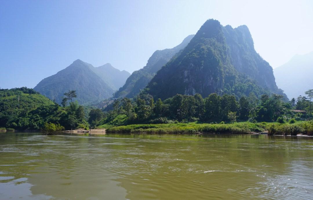 van Laos naar Vietnam over land