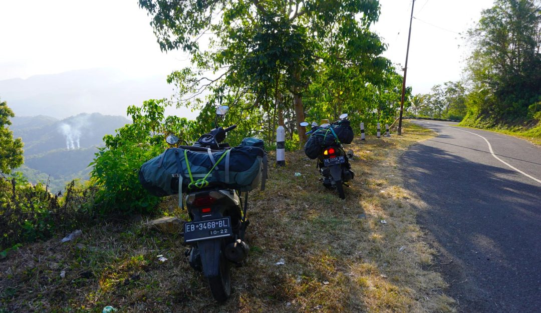 Roadtrip-Flores-Motorbike