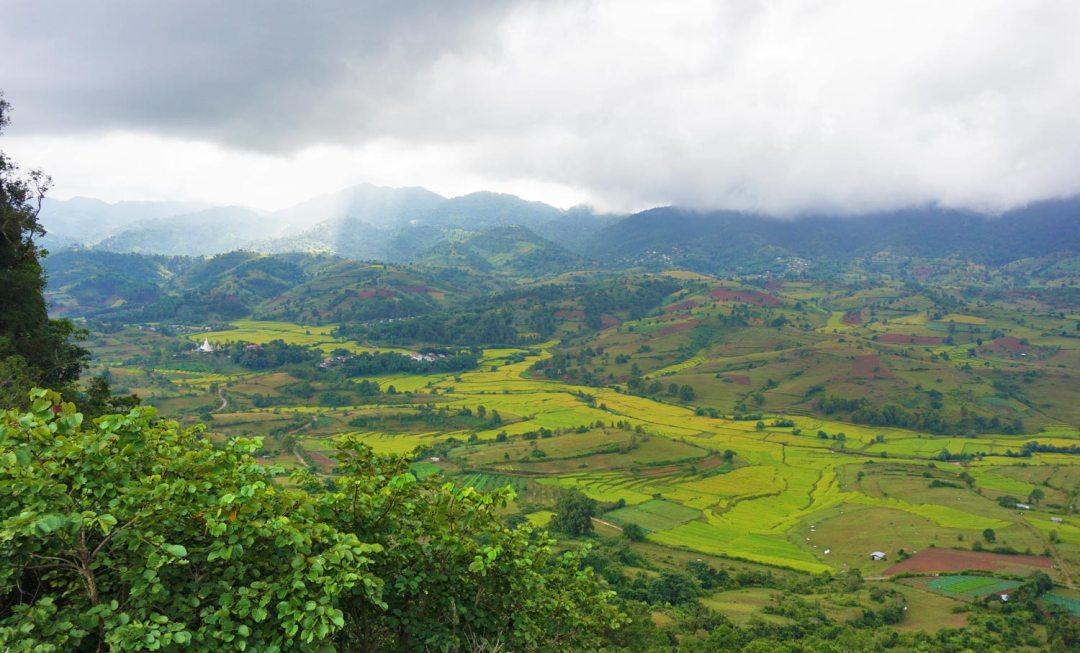 Trekking-Kalaw-uitzicht-rijstvelden Myanmar