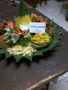 nasi-tumpeng-delivery 085692092435