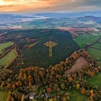 Las w Donegal i tajemniczy celtycki krzyż