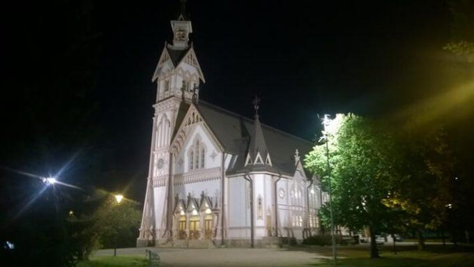 Tässä kauniissa Kajaanin kirkossa olin vaimoni kanssa puhujana Kainuu Missio -tapahtumassa lokakuussa. Hyvät muistot jäivät!