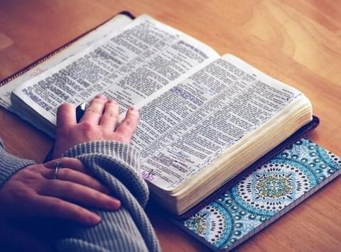 Karismaattisuus, avioliitto, kaikki pääsevät taivaseen ja uskoontulo