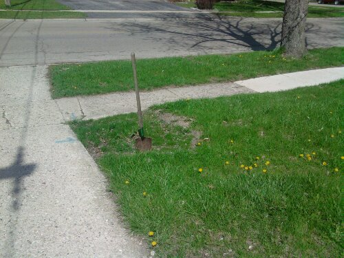The city had dug up the water shut-off valve last summer here.