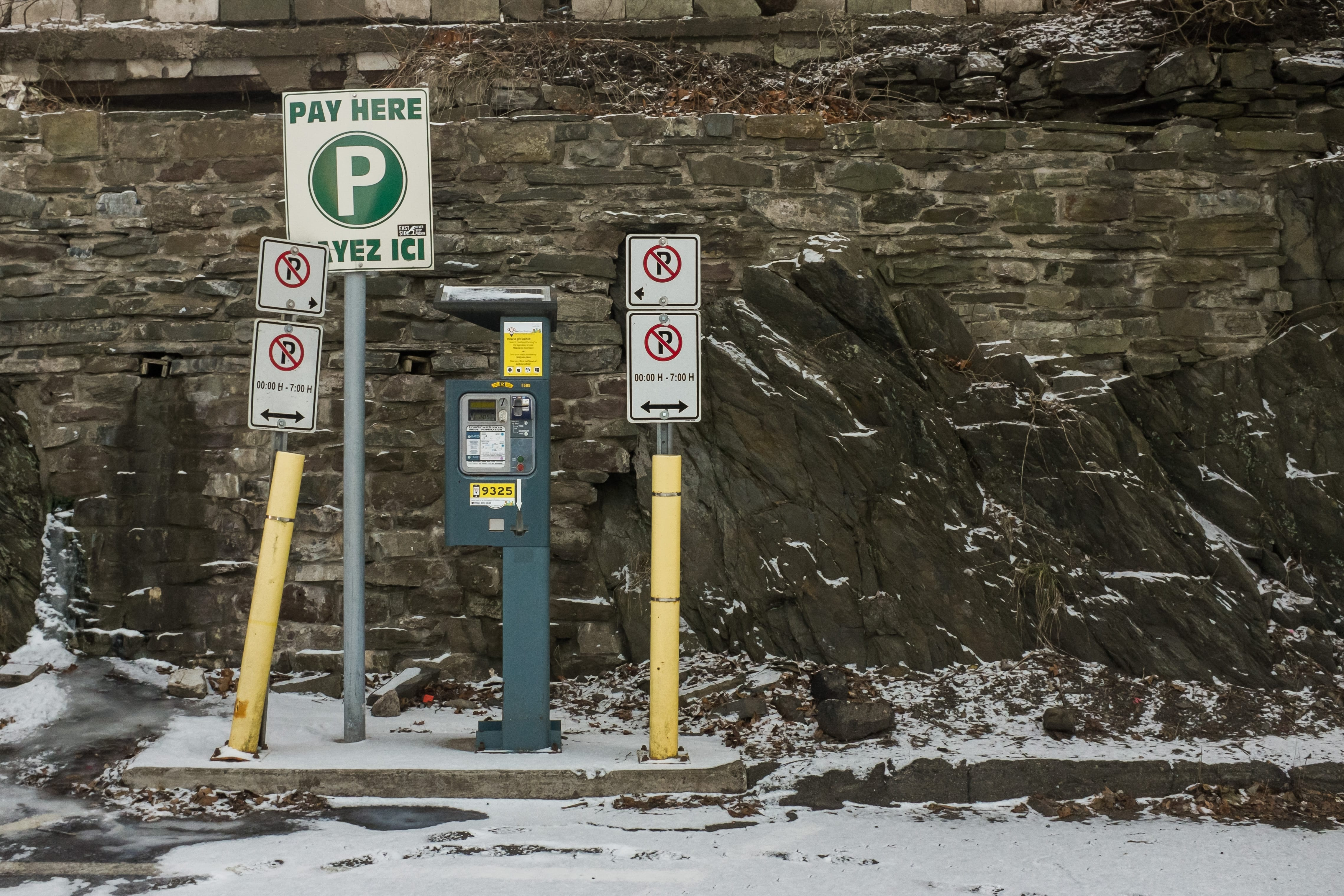 A photograph depicting Parking Meter on Canterbury