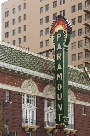 Austin Texas Paramount Sign