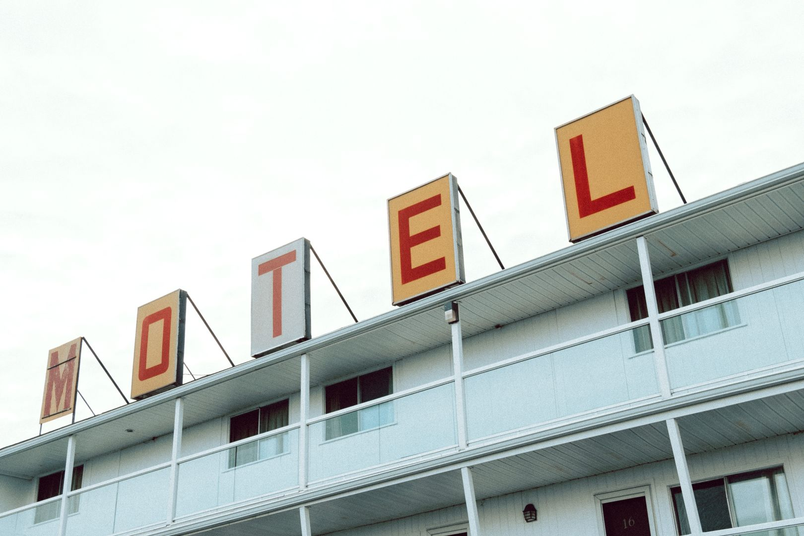 A photo depicting Motel Saint John Sign