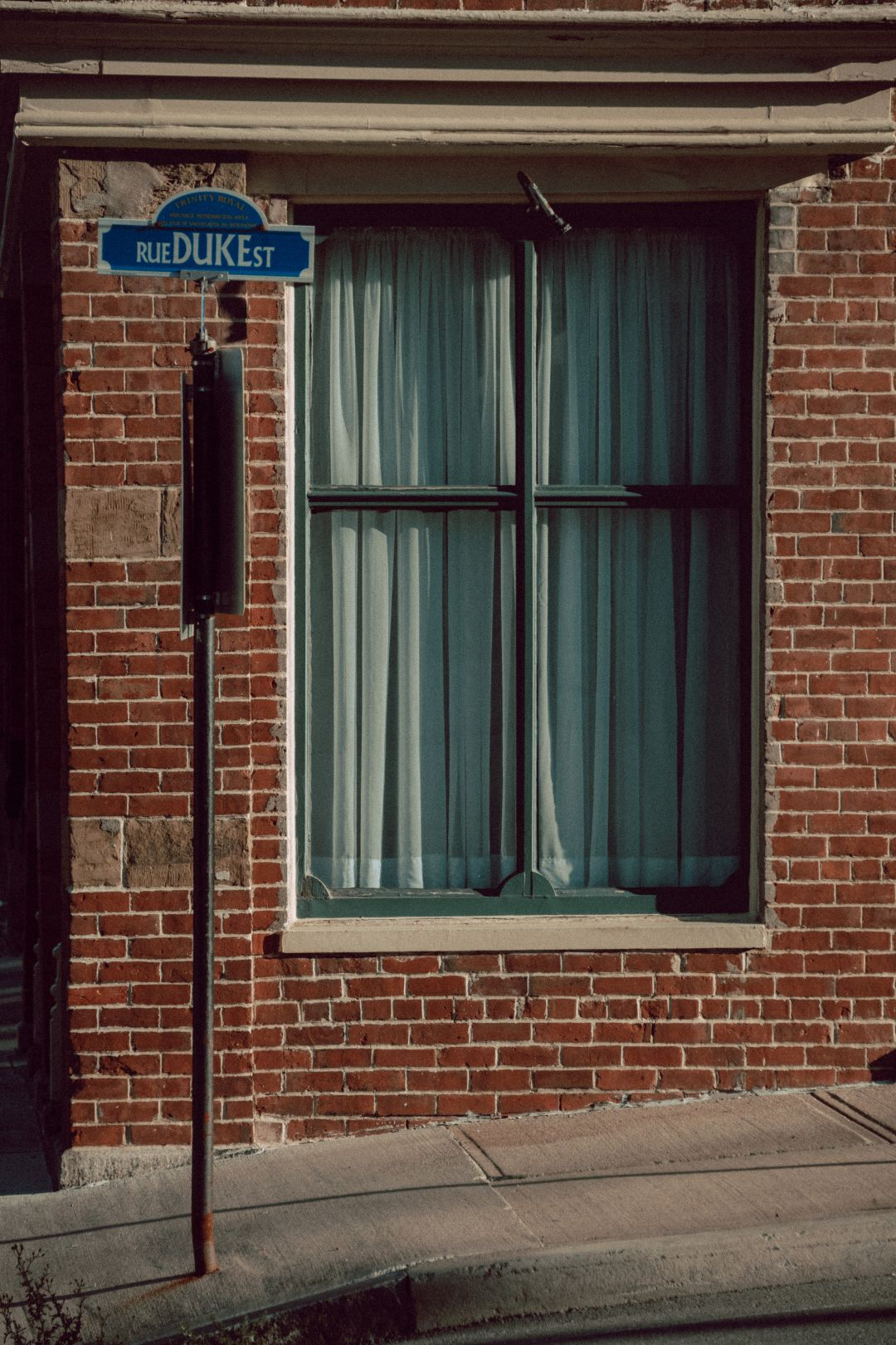 A photo depicting Duke Street Sign Vertical