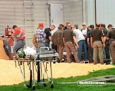 Grain elevator accident, 2000