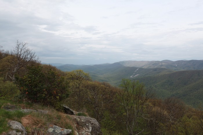 Rock Point Overlook 3000 ft