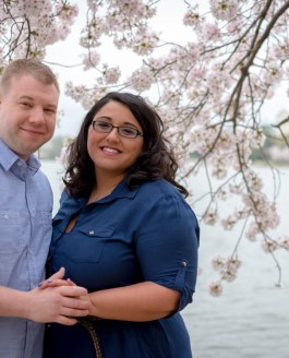 Sneak Peek: Wendie & Andrew – Cherry Blossom Engagement