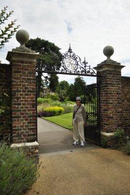 20140709023 Kew Gardens