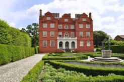 The Queen's Garden at Kew Palace