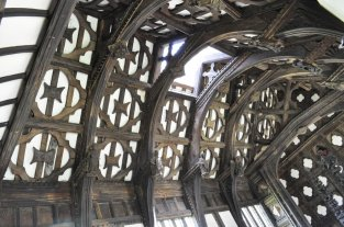 The impressive roof and ceiling.