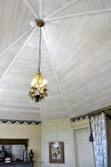 Ceiling of one of the bedrooms.
