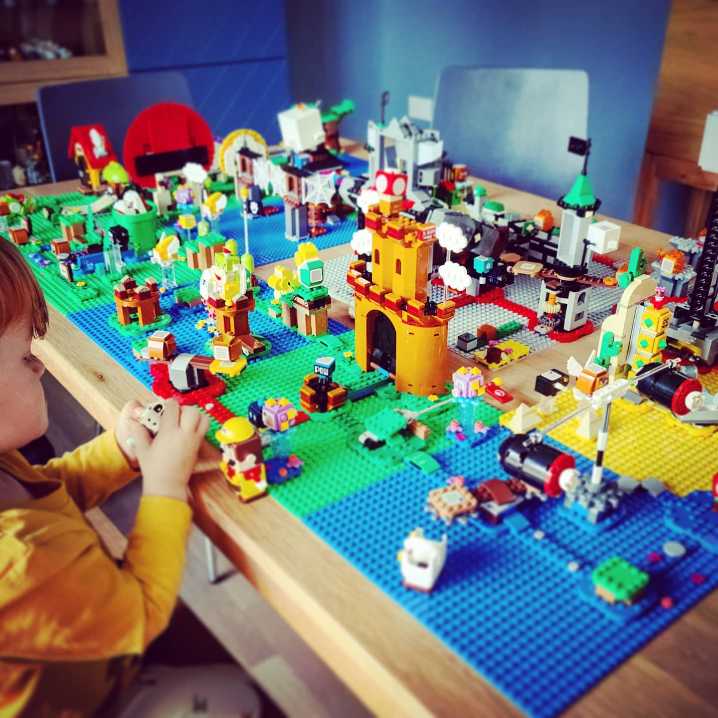 I guess we need a new dining room now. #mariolego