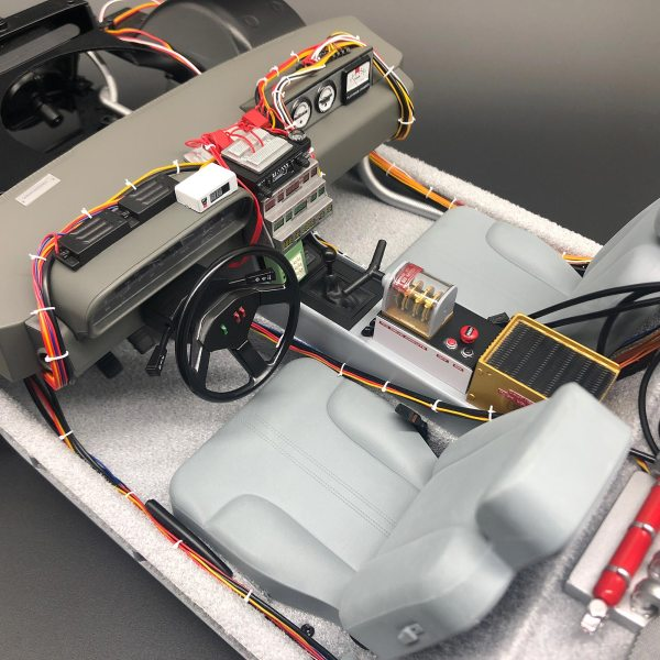 DeLorean model interior with Carpet Set mod installed