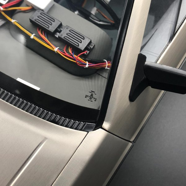 Window sticker mod for front windscreen from DeLorean Decal Set III